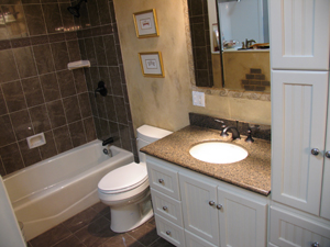 how to hire a bathroom remodeling contractor?